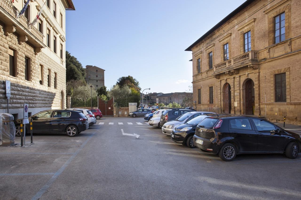 Parcheggi di superficie